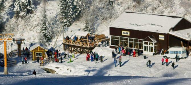 Телецкое озеро зимой – природный курорт для восстановления сил
